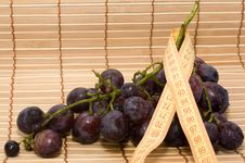 Free Centimeter, And Grapes Royalty Free Stock Photos - 20993738