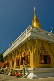 Golden Pagoda Koh Samui Stock Photography