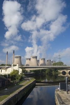 Free Ferrybridge  C  Royalty Free Stock Images - 20998439