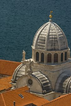 Free Beautiful Dome Of St.James Cathedral Stock Photography - 20998472