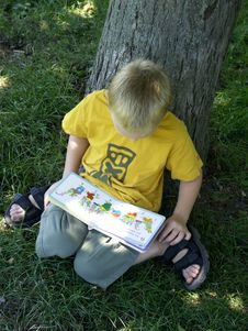 Free Reading Boy Royalty Free Stock Photography - 217977