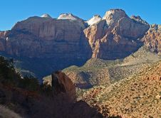 Free Mountains In Zion National Park Royalty Free Stock Photos - 2105288