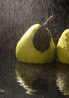 Free Pears In Rain Stock Photography - 2108442