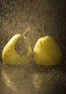 Free Pears In Rain Stock Photography - 2108452
