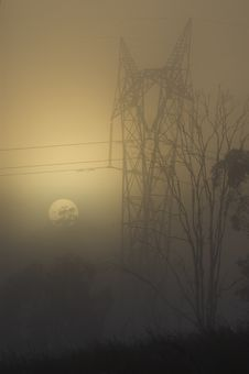 Free Power Pylon In A Foggy Sunrise Royalty Free Stock Photos - 2109578