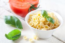 Free Raw Pasta Stock Image - 21000011