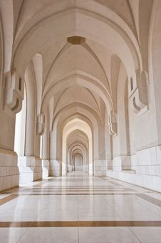 Corridor Leading To The Sultan Of Oman S Palace Royalty Free Stock Images