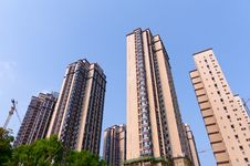 Free Apartment  In  Sun Royalty Free Stock Images - 21000759