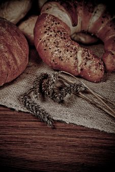 Free Composition Of Fresh Bread Royalty Free Stock Photos - 21001538