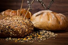 Free Composition Of Fresh Bread Royalty Free Stock Photos - 21002118