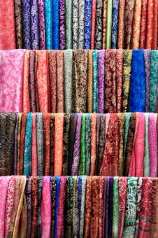 Free Colorful Scarves Royalty Free Stock Images - 21003469