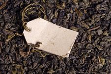 Green Tea Leaves And Paper Label Royalty Free Stock Images