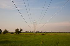 Free High Voltage Electric Pole Royalty Free Stock Image - 21005996