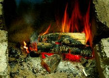 Free Burning Logs In A Campfire.  Number 4 Of 6. Stock Photography - 21008302