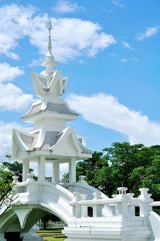 Free White Pavilion Royalty Free Stock Photo - 21012045