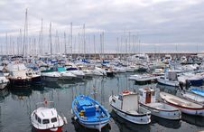 Free Lots Of Boats In The Harbour Royalty Free Stock Photography - 21013317