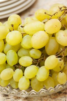 Free Green Grapes Royalty Free Stock Image - 21015046