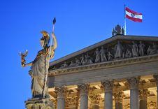 Free Statue Of Athena At Vienna, Austria Royalty Free Stock Photos - 21015798