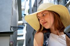 Free Young Woman In The Town Royalty Free Stock Photos - 21018978