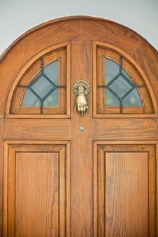 Free Wooden Door With Interesting Knocker Stock Images - 21019094