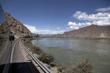 Free Lhasa River Royalty Free Stock Photo - 21020265