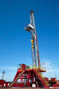 Free Land Drilling Rig Royalty Free Stock Image - 21021036