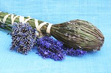 Free Dried Lavender Flowers Stock Images - 21024214