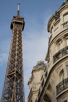 Free Eiffel Tower In Paris, France Royalty Free Stock Image - 21031386