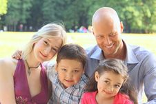 Free Group Portrait Of A Happy Family Royalty Free Stock Photography - 21031387