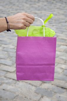 Free Pink Shopping Bag Royalty Free Stock Photos - 21031718