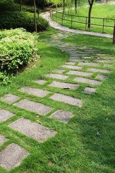 Free Greensward Walkway Stock Images - 21032184
