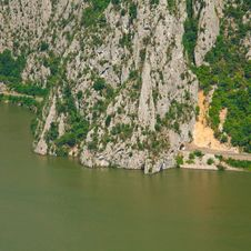 Free Danube Gorges Royalty Free Stock Photo - 21032955