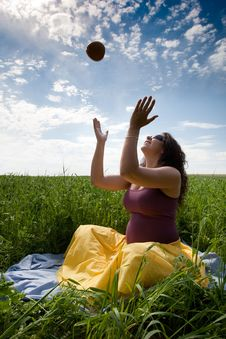 Free Pregnant Woman On Green Grass Field Under Blue Sky Royalty Free Stock Image - 21033976