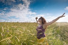 Free Pregnant Woman On Green Grass Field Under Blue Sky Royalty Free Stock Image - 21034186