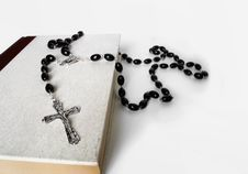 Free Rosary And Bible Stock Photography - 21043482