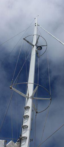 Free Sailboat Mast Royalty Free Stock Image - 21043946