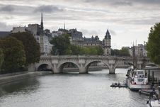 Free Ile De La Cite, Paris Stock Image - 21044041