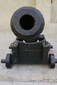 Free Old Iron Cannon Royalty Free Stock Photos - 21045878