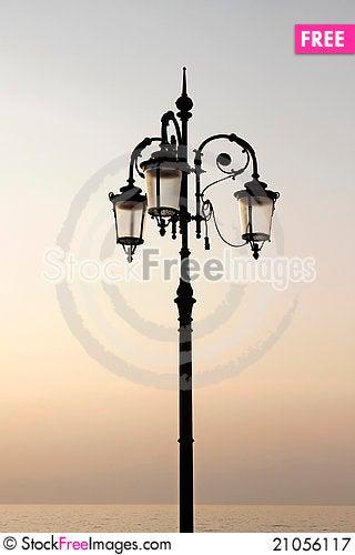 Free Lantern At The Promenade, Lake Garda, Italyl Royalty Free Stock Photography - 21056117