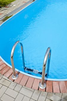 Free Swimming Pool Steps Stock Photo - 21051610