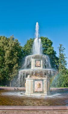 Free Roman Fountain In Peterhof, Russia Stock Photos - 21054963