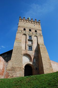 Free Ancient Gate And Tower, Fortress Of Lyuborta Royalty Free Stock Images - 21055069