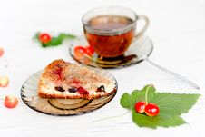 Free Herbal Tea And Biscuit Cake Royalty Free Stock Photos - 21056468