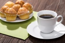 Free Breakfast Of Coffee And Muffins Royalty Free Stock Images - 21056939