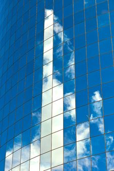 Free Facade Of Skyscraper Royalty Free Stock Image - 21061036