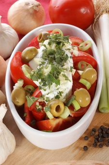 Free Mediterranean Tomato Salad With Olives And Garlic Royalty Free Stock Image - 21061426