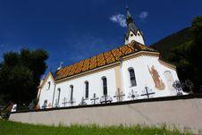 Free Traditional Catholic Church Royalty Free Stock Images - 21062049