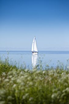 Free Sailboat In Calm Water Royalty Free Stock Photos - 21063398