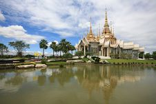 Free Beautiful Landscape Of White Temple Royalty Free Stock Image - 21065986