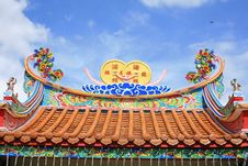 Free Colorful Chinese Temple Roof Royalty Free Stock Image - 21066146